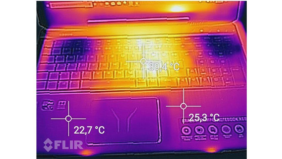 MEDION ERAZER X6805 Hitze_1