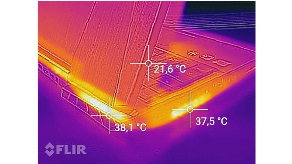 MEDION ERAZER X6805 Hitze_2