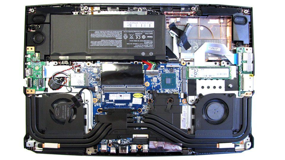 MEDION ERAZER X6805 Innen_1