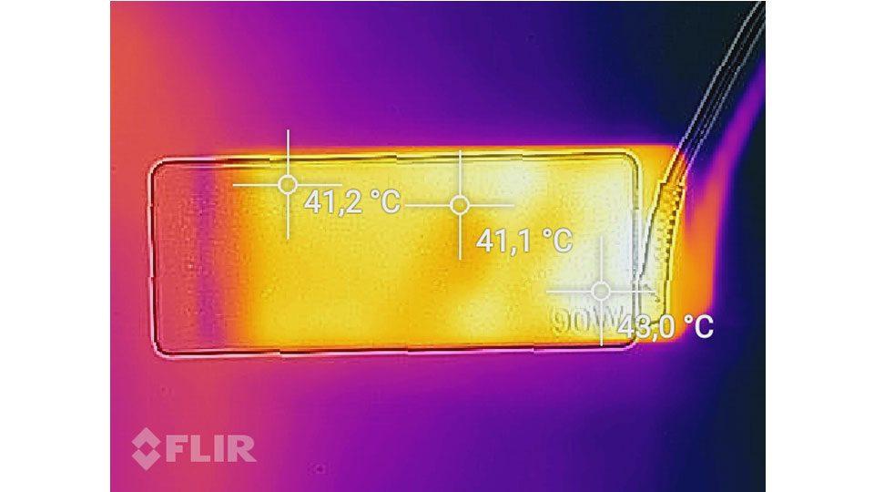 Lenovo Ideapad 720S-15IKB 81AC0034GE Hitze_4