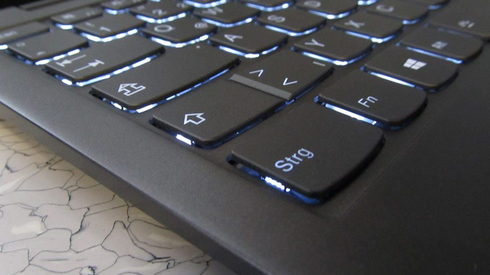 Lenovo YOGA S730-13IWL Tastatur_3