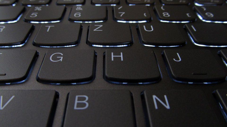 Lenovo YOGA S730-13IWL Tastatur_6