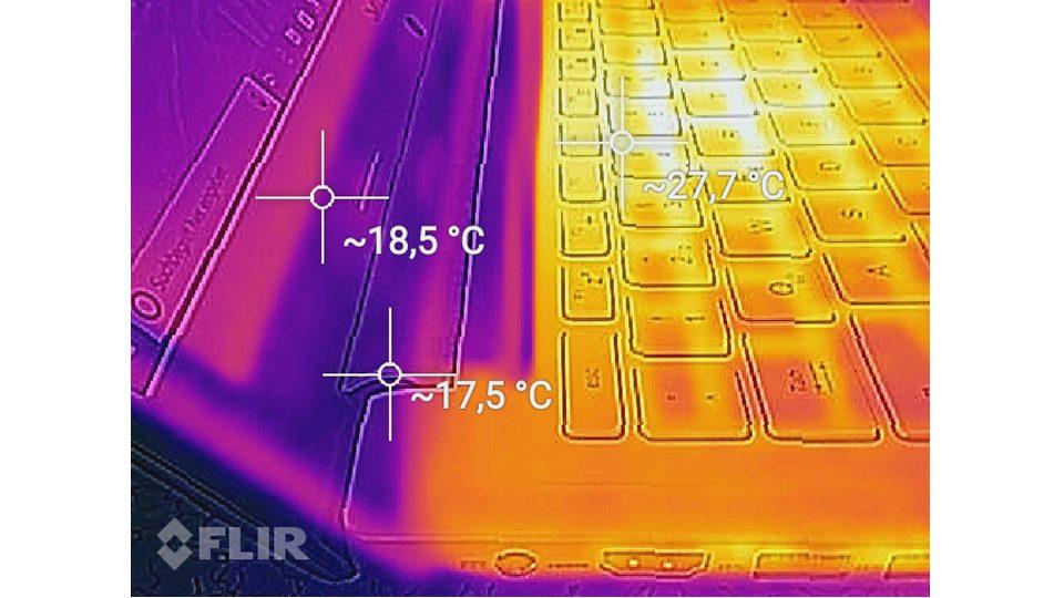 Medion AKOYA S6445 Hitze_4