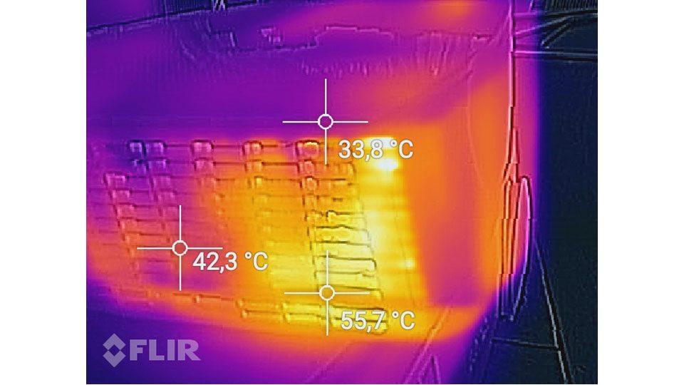 BenQ TH535 Hitze_2