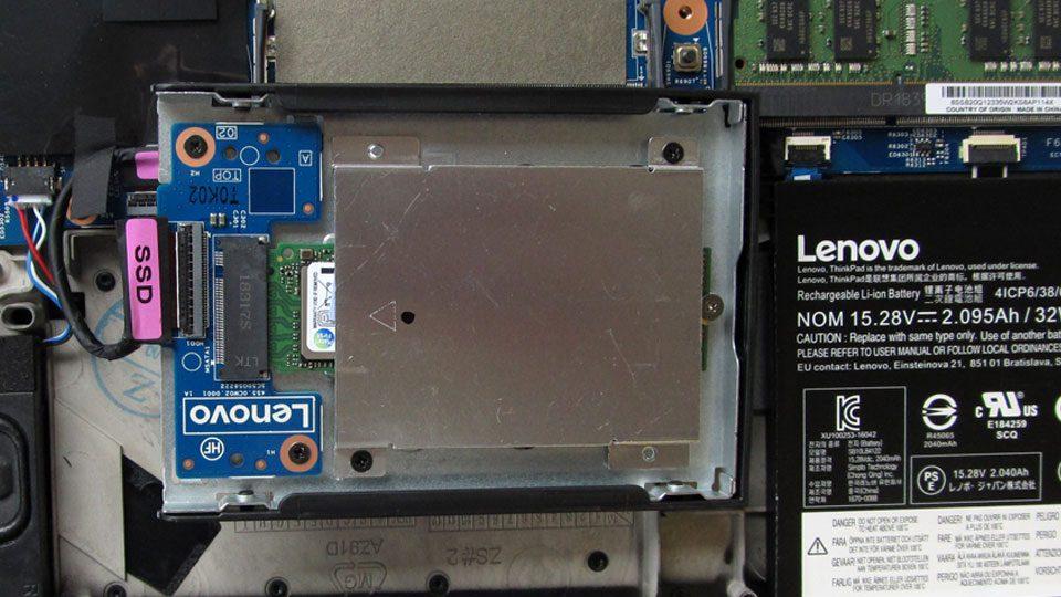 Lenovo ThinkPad P52s Innen_10