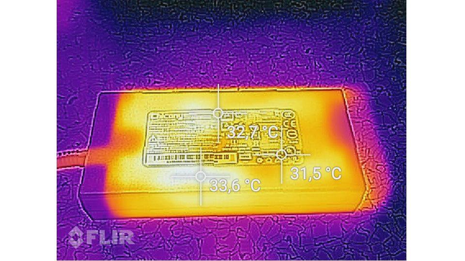 MSI GS75 8SG-215 Stealth Hitze_5