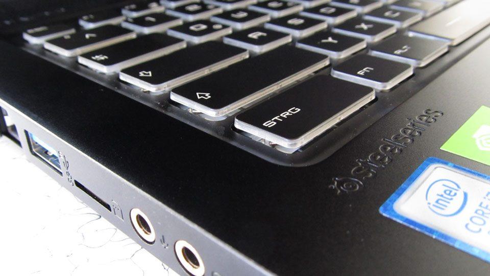 MSI GS75 8SG-215 Stealth Tastatur_3