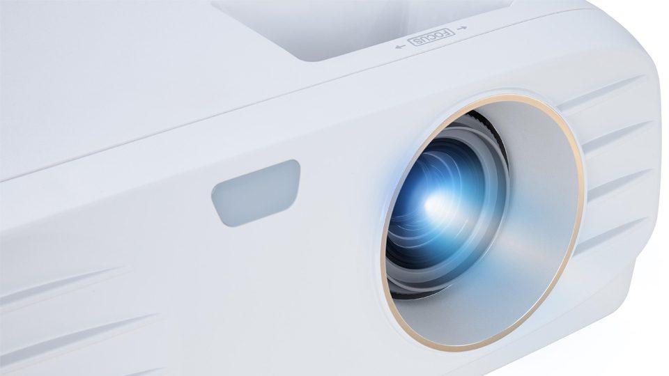 Viewsonic PX747 Ansichten_1