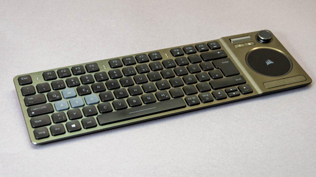 Tastatur für das Wohnzimmer: Corsair K83 Entertainment Keyboard im Test