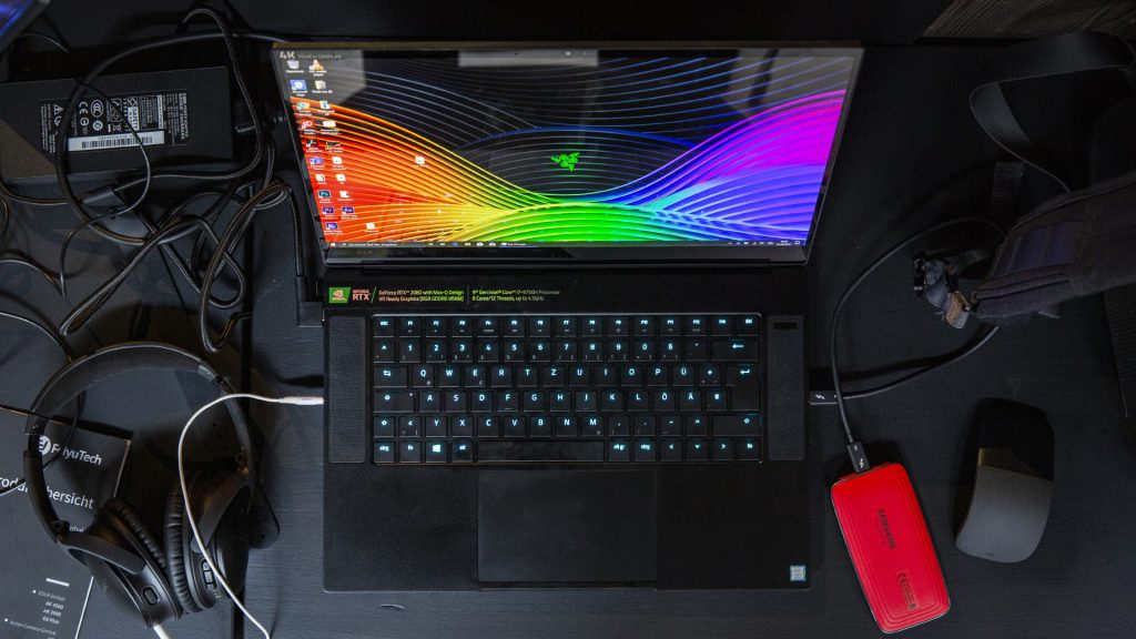 Razer Blade 15 Advanced Model im Test: 4K-OLED-Creator