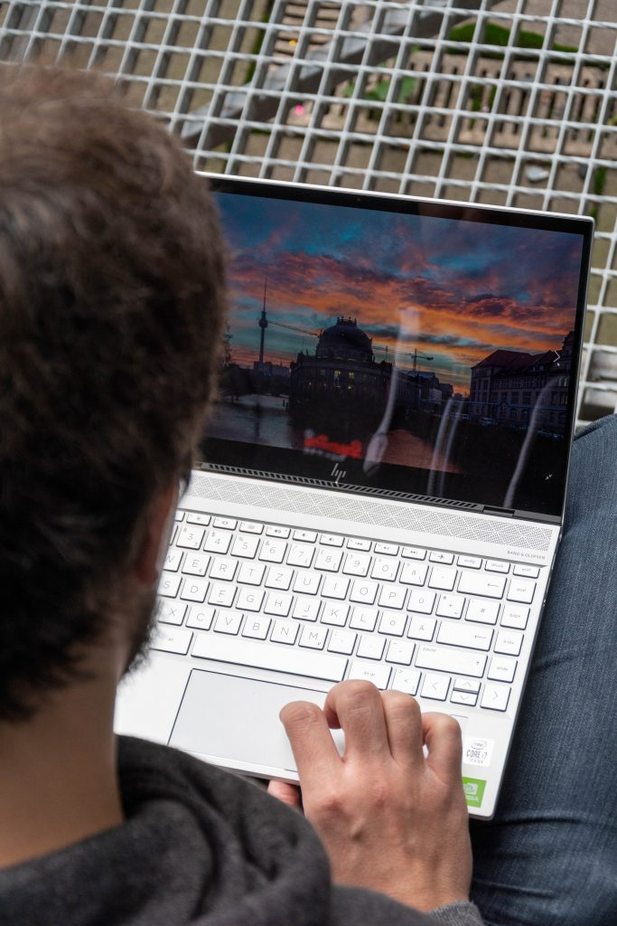 hp envy 13-aq1131ng notebook test