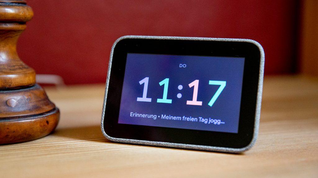 Lenovo Smart Clock eingerichtet – Entspannt in den Tag starten