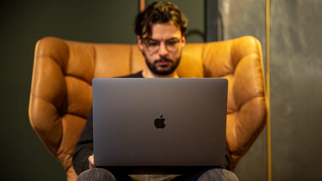 16 Zoll Apple MacBook Pro 6