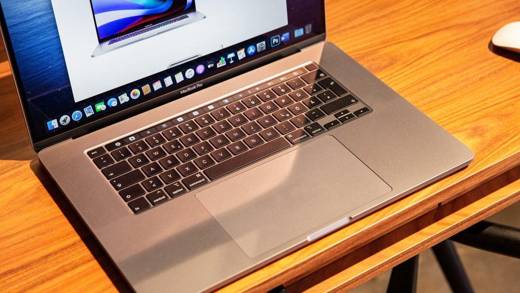 16 Zoll Apple MacBook Pro 10