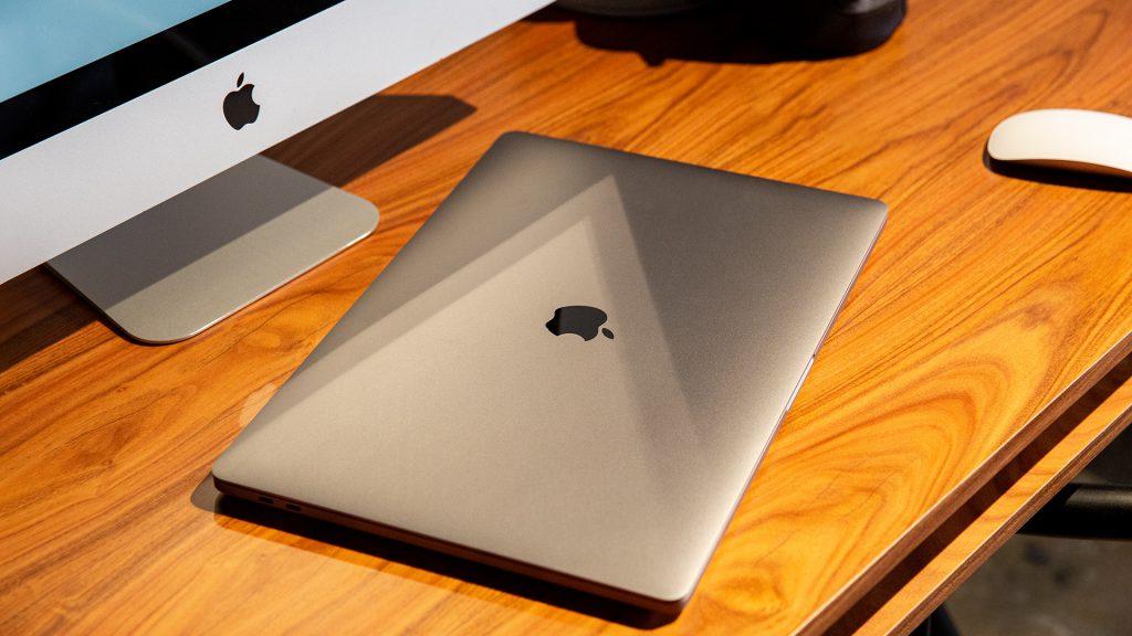 16 Zoll Apple MacBook Pro 11