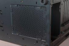 Sharkoon TG 6 RGB Unterseite Luftauslass Netzteil