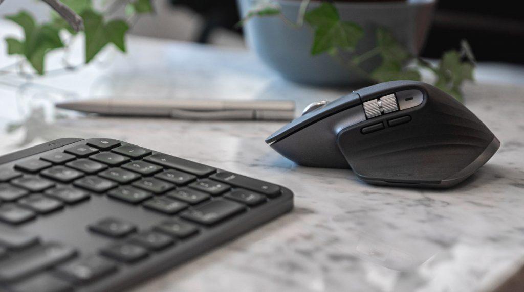 Logitech MX Keys und MX Master 3 im Test: Premium-Duo scrollt an der Konkurrenz vorbei [Tester gesucht]