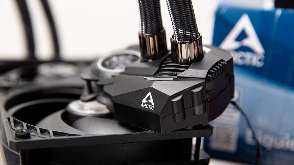 Arctic Liquid Freezer II 240 & 360 mm im Test: Günstige AiO für Einsteiger und Overclocker