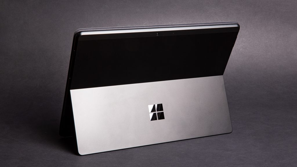 Microsoft Surface Pro X im Test: Das ultimative mobile Office
