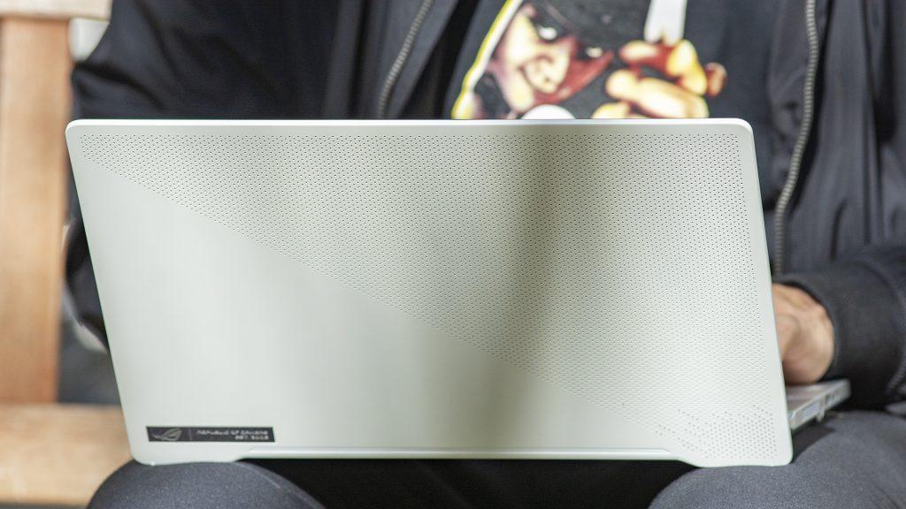 ASUS ROG Zephyrus G14 Gaming Laptop Notebook AMD Ryzen 4000 AniMe CNC