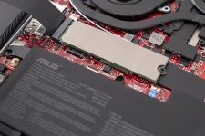 ASUS ROG Zephyrus G14 Gaming Laptop Notebook AMD Ryzen 4000 Offen SSD