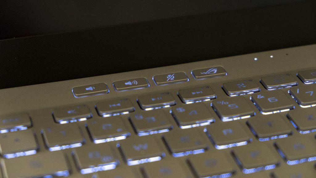 ASUS ROG Zephyrus G14 Gaming Laptop Notebook AMD Ryzen 4000 Tastatur Beleuchtung