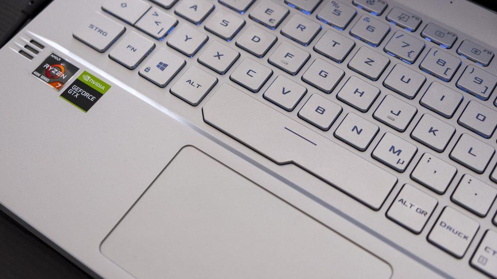 ASUS ROG Zephyrus G14 Gaming Laptop Notebook AMD Ryzen 4000 Tastatur Leertaste