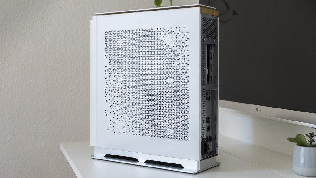 MSI Prestige P100 Creator Gaming PC Seite rechts