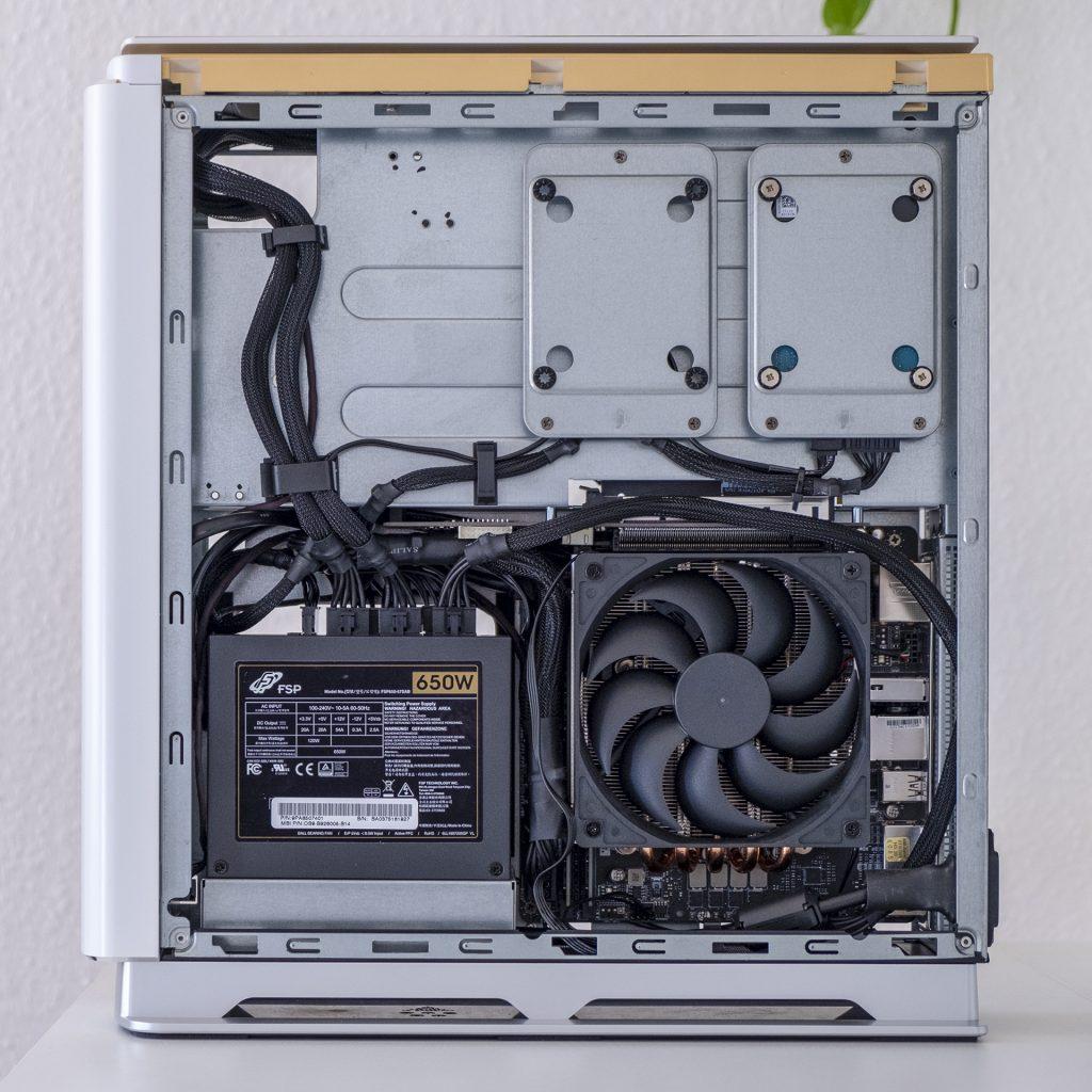 MSI Prestige P100 Creator Gaming PC Totale Seite Rechts CPU Intel Core i9 9900KF