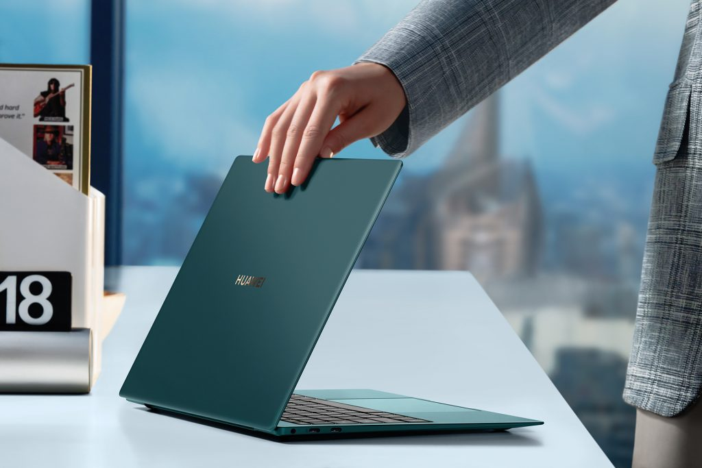 Huawei MateBook X Pro CreativeShoot Emerald Green