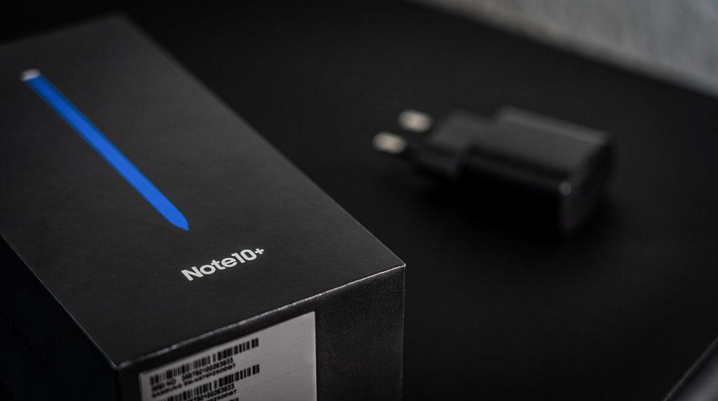 Auch Samsung könnte Ladegeräte aus dem Smartphone-Lieferumfang streichen