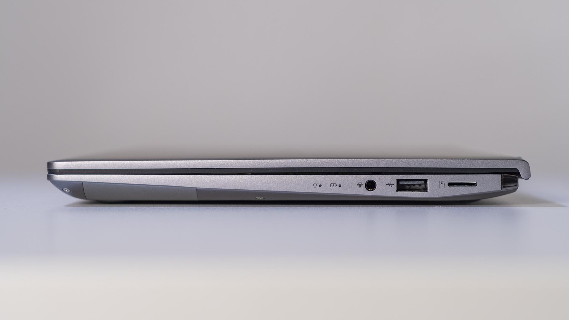 ASUS ZenBook 14 UM433I Anschlüsse Rechts