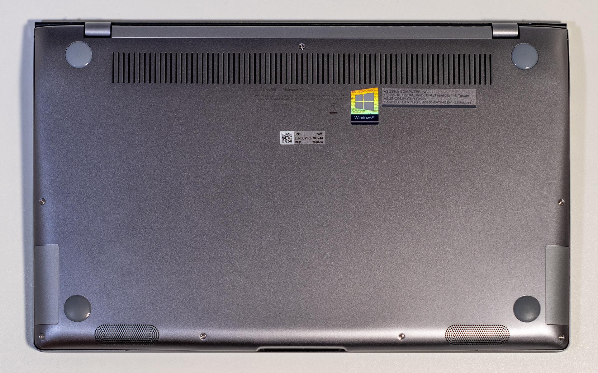 ASUS ZenBook 14 UM433I Unterseite