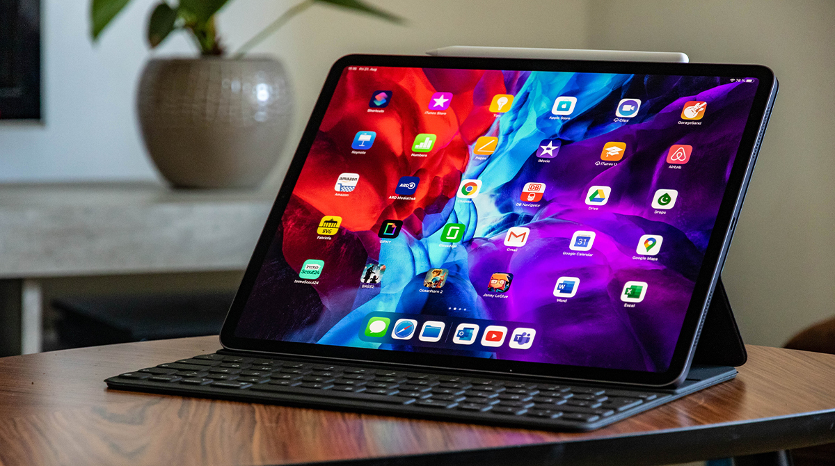 Aple iPad Pro Laptop Opener