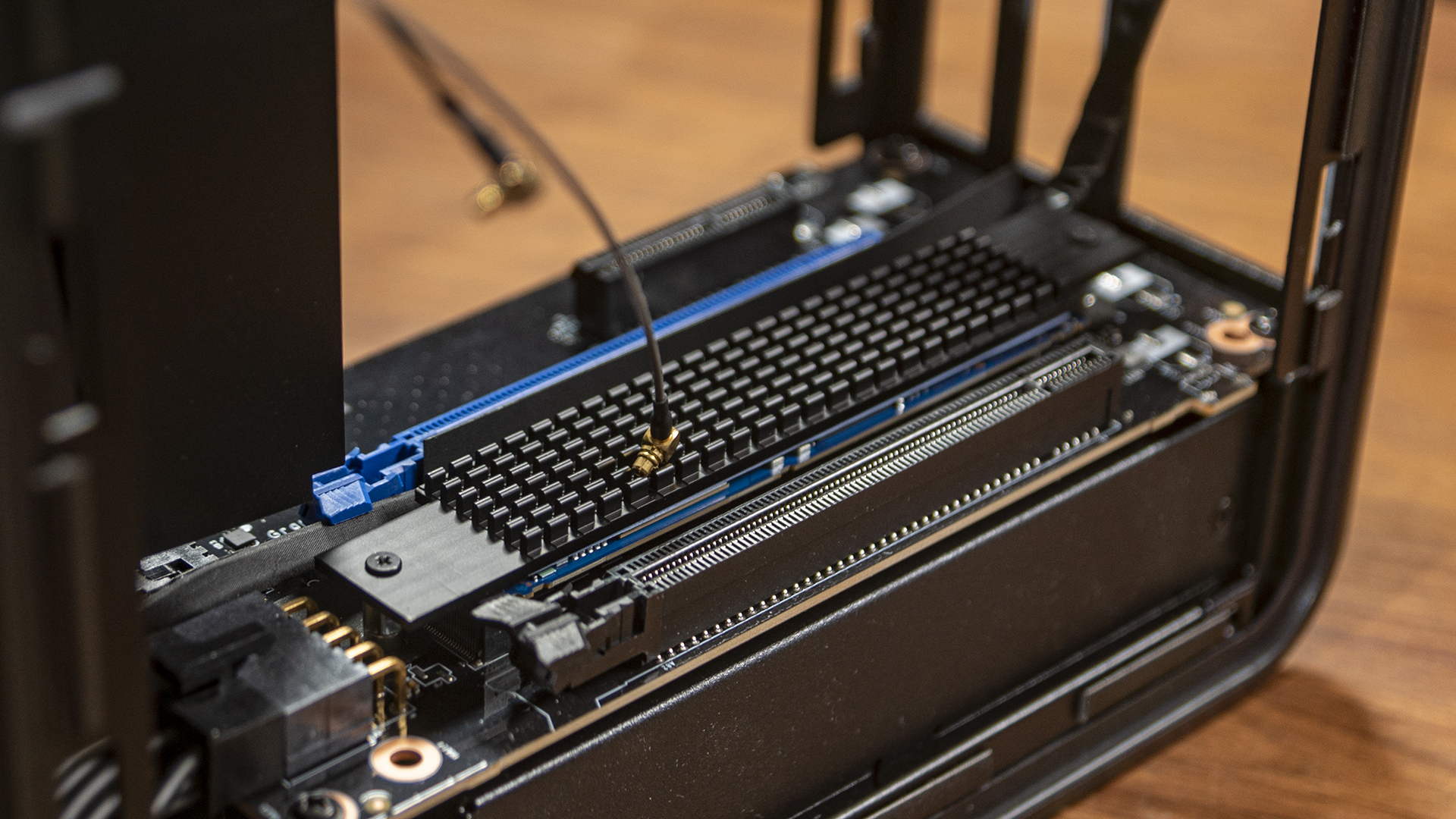 Ghost Canyon Intel NUC 9 Extreme SSD