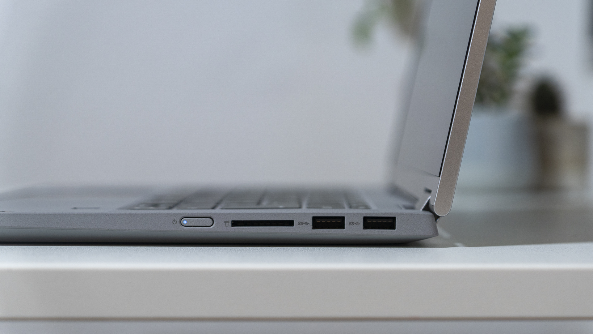 Lenovo IdeaPad Flex 5 Anschluesse Rechts