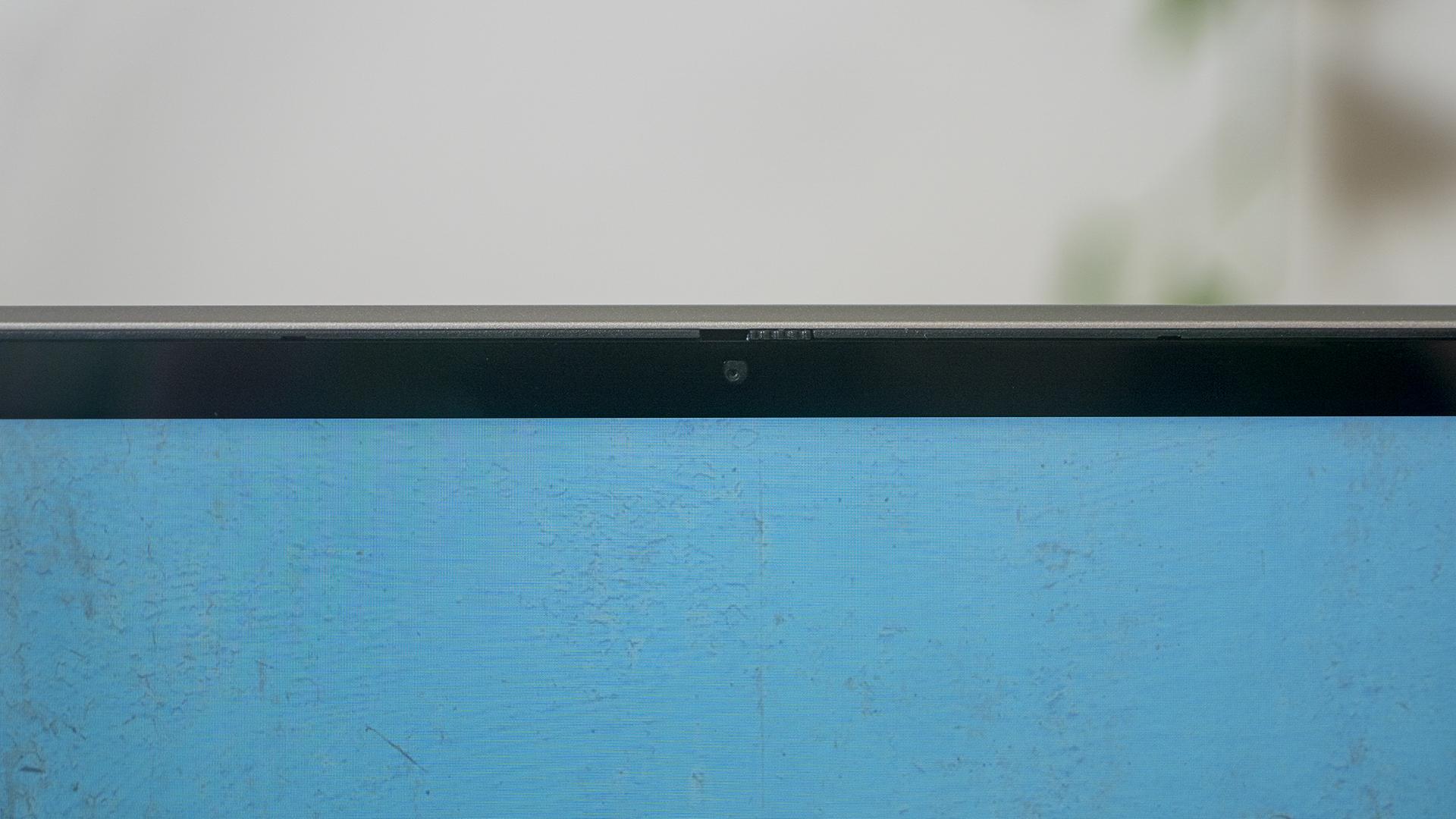 Lenovo IdeaPad Flex 5 Webcam Display Close Up