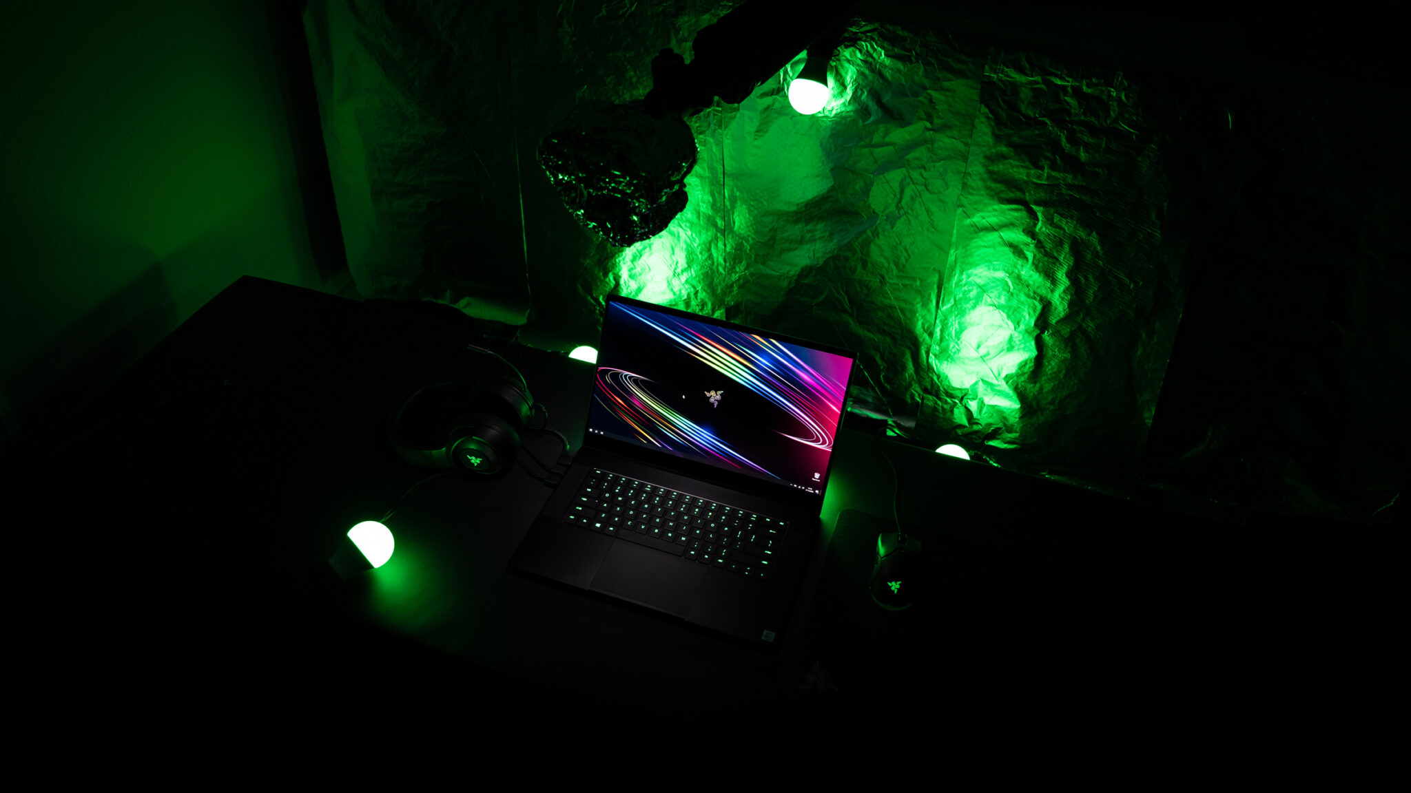 Razer Blade 15 Advanced Model 2020 Behind the Scenes