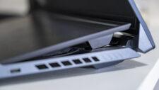 ASUS ROG Zepyhrus DUO 15 GX550 Lautsprecher unter Display