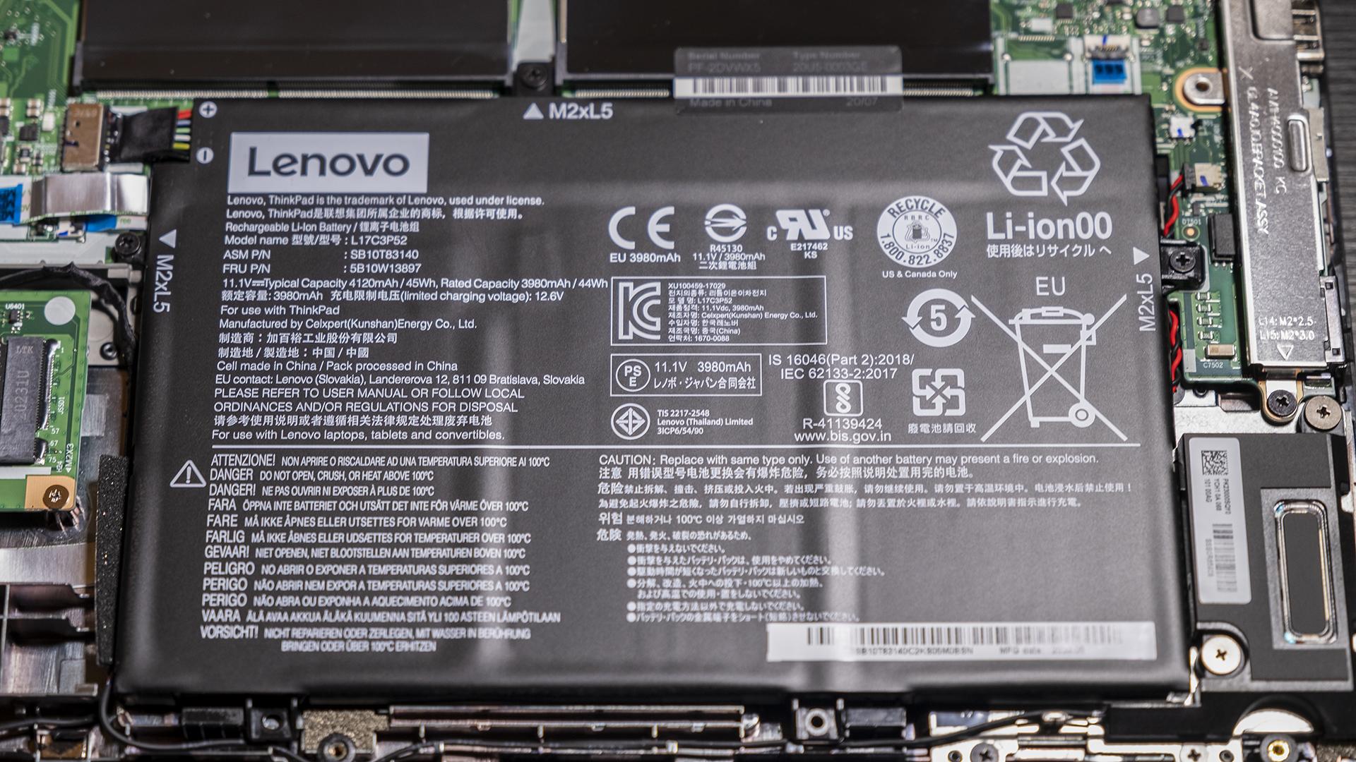 Lenovo ThinkPad L14 AMD Geöffnet Aufrüsten Austauschen Batterie Akku