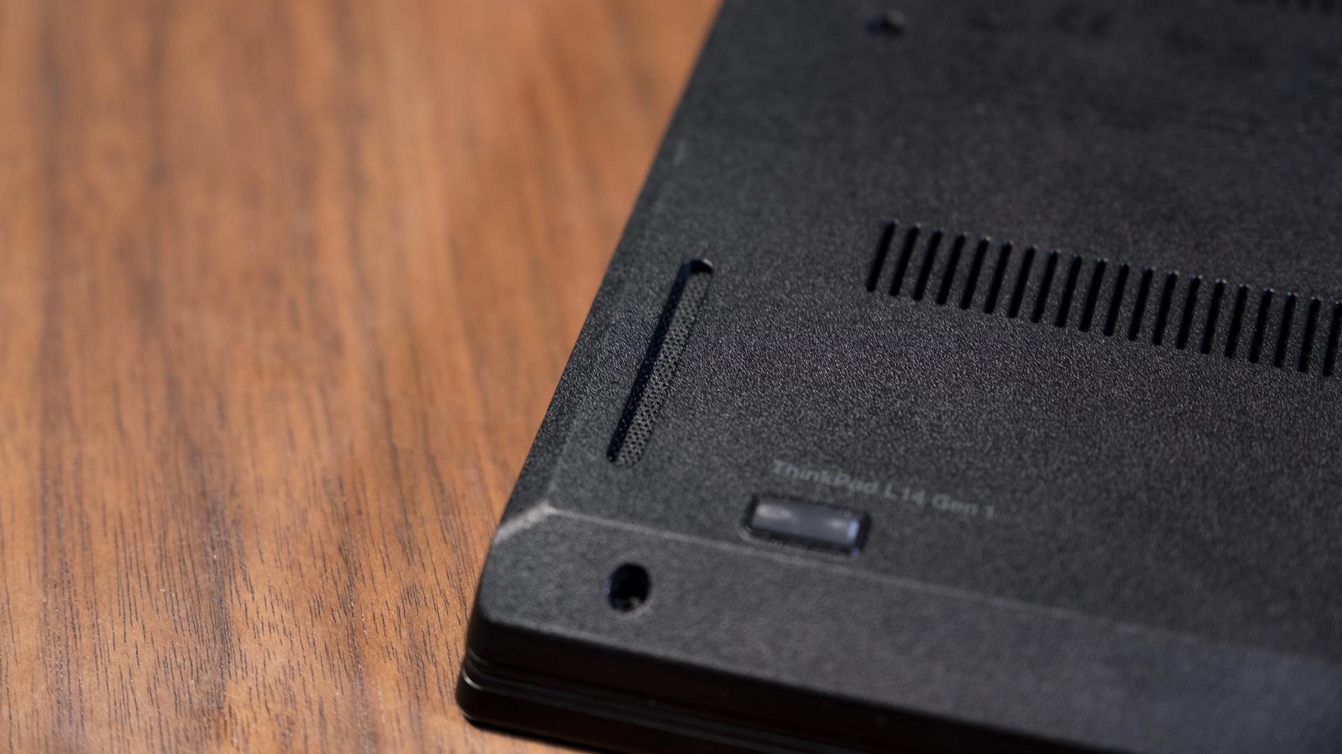 Lenovo ThinkPad L14 AMD Lautsprecher Unterseite