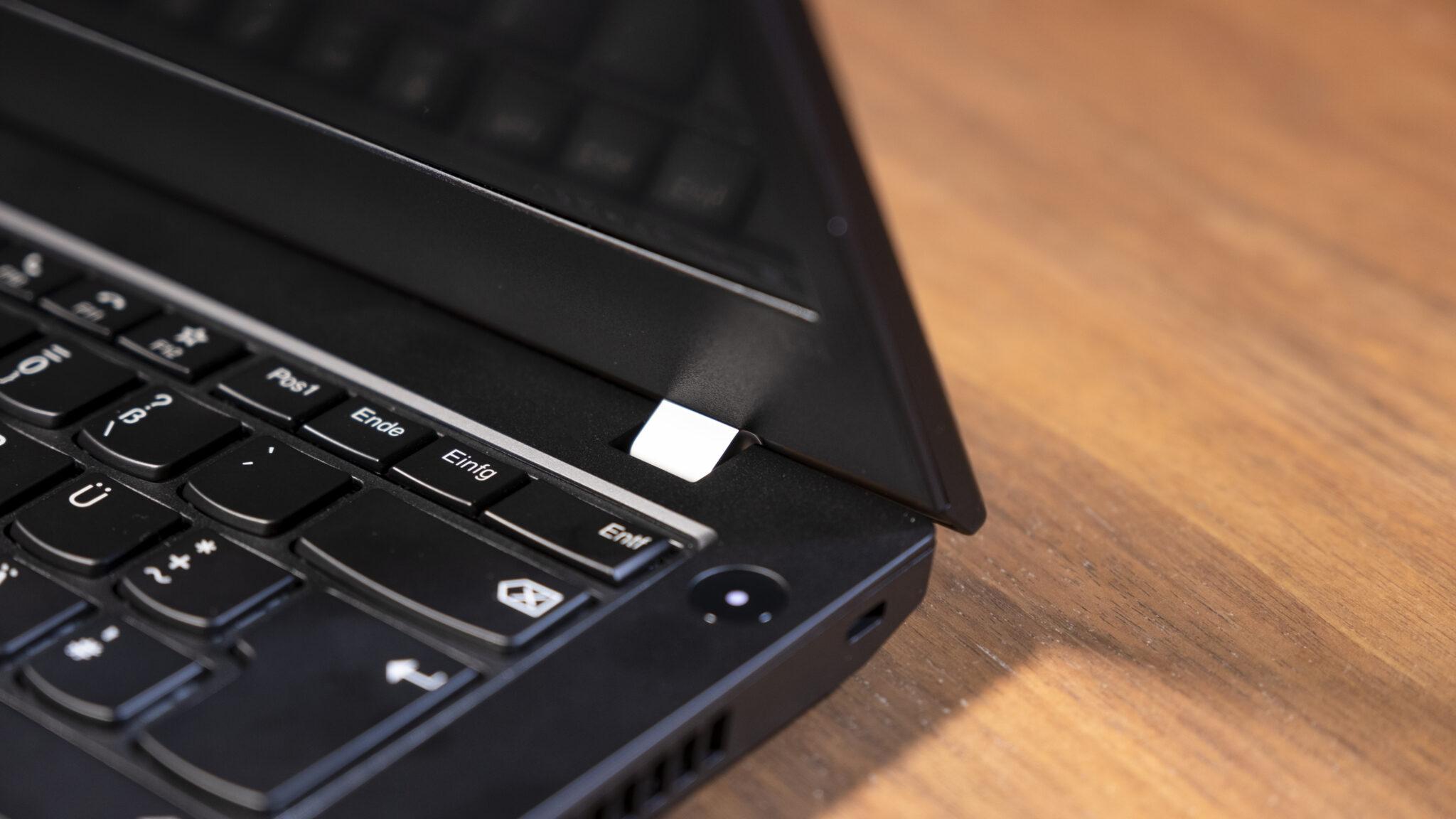 Lenovo ThinkPad L14 Scharniere