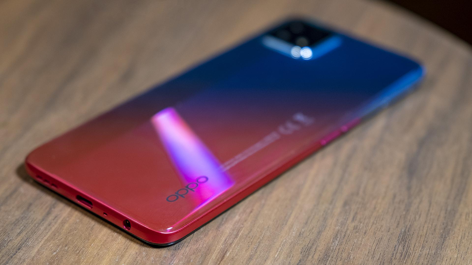 OPPO A73 5G Smartphone Review Unterseite Klinkenanschluss