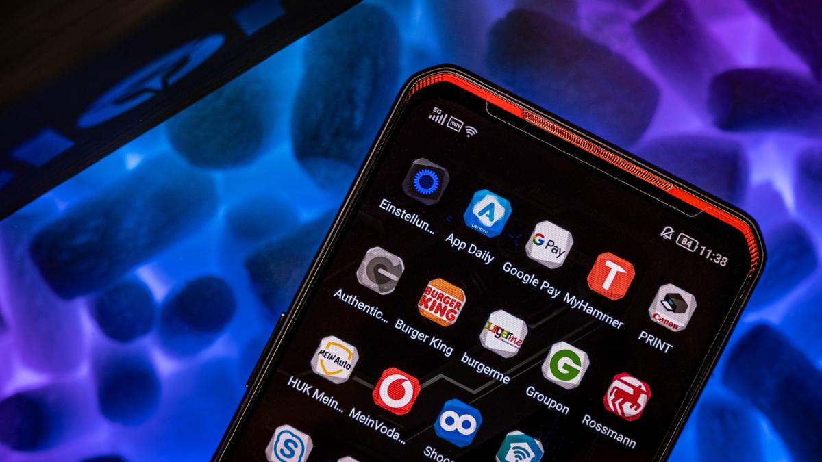 Lenovo Legion Phone Duel OS