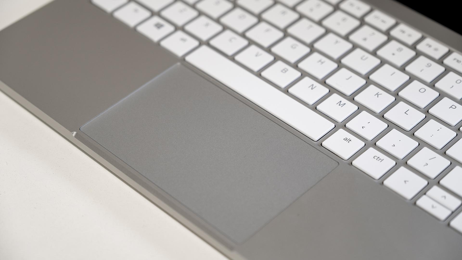Razer Book 13 Tastatur Touchpad