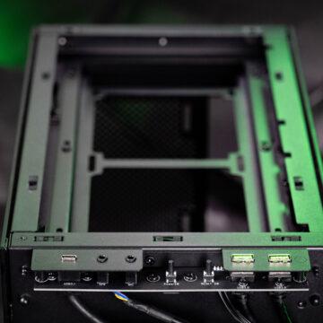 Razer-Tomahawk-Mini-ITX-Gehäuse-Test-9