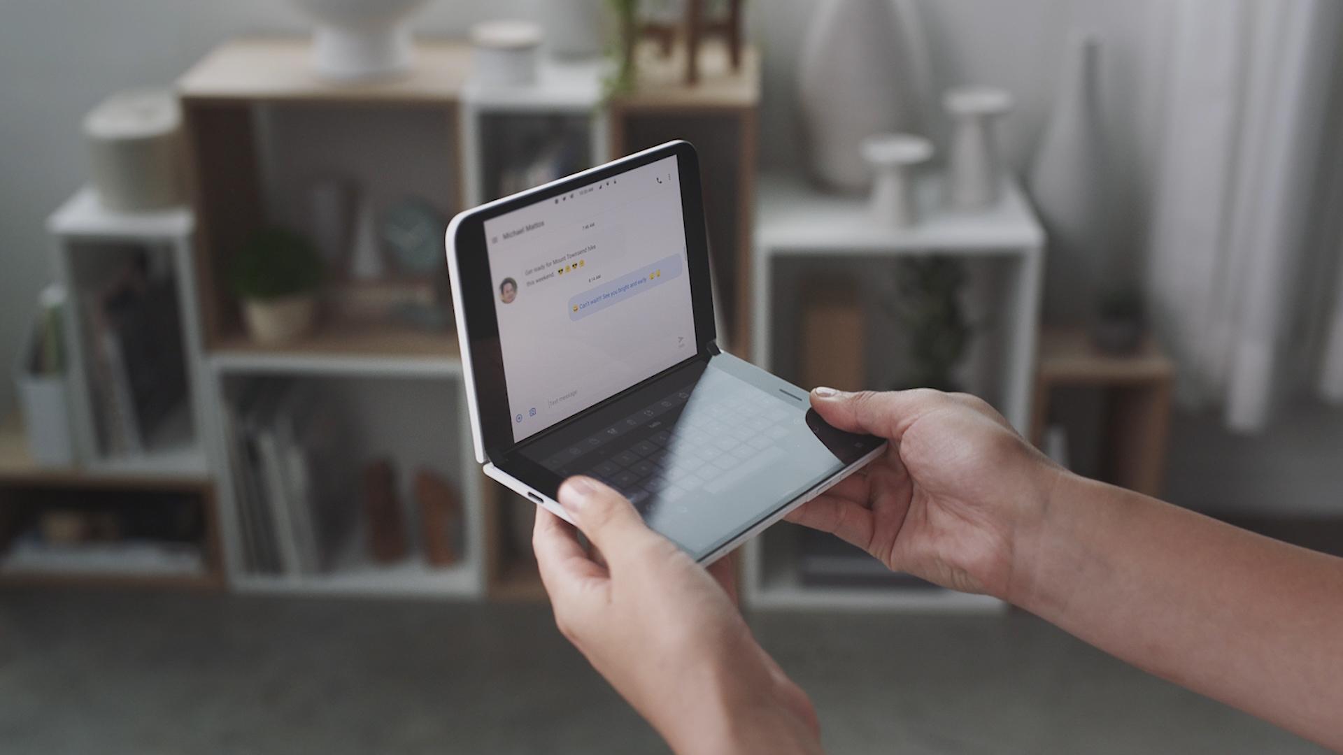 Microsoft Surface Duo ab 18. Februar in Deutschland verfügbar