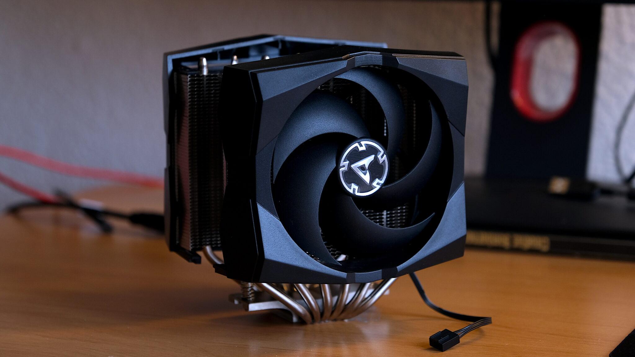 ARCTIC Freezer 50 im Test: Hohe Kühlleistung, ansprechendes Design und schickes A-RGB