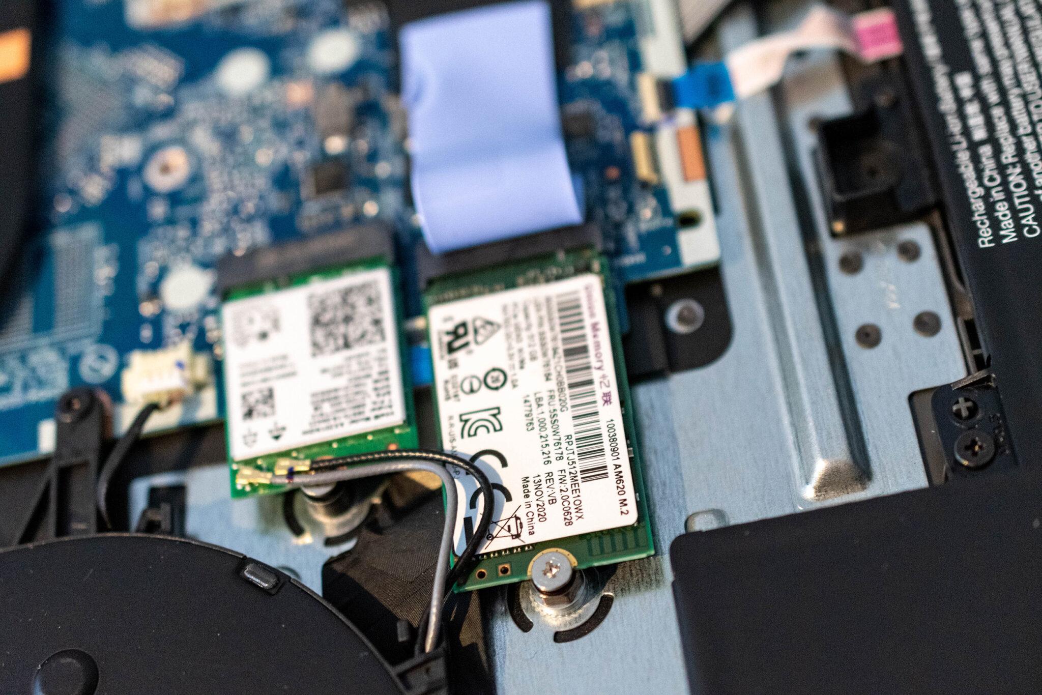 Lenovo V17 SSD aufrüsten