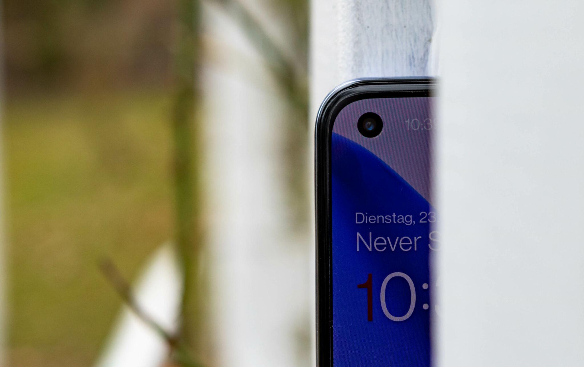 OnePlus 9 Review - Selfie